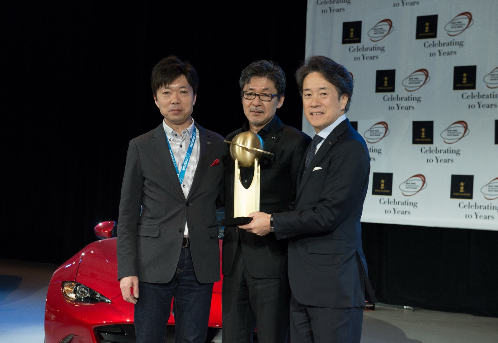 MX-5 winner World car of the Year 2016_3