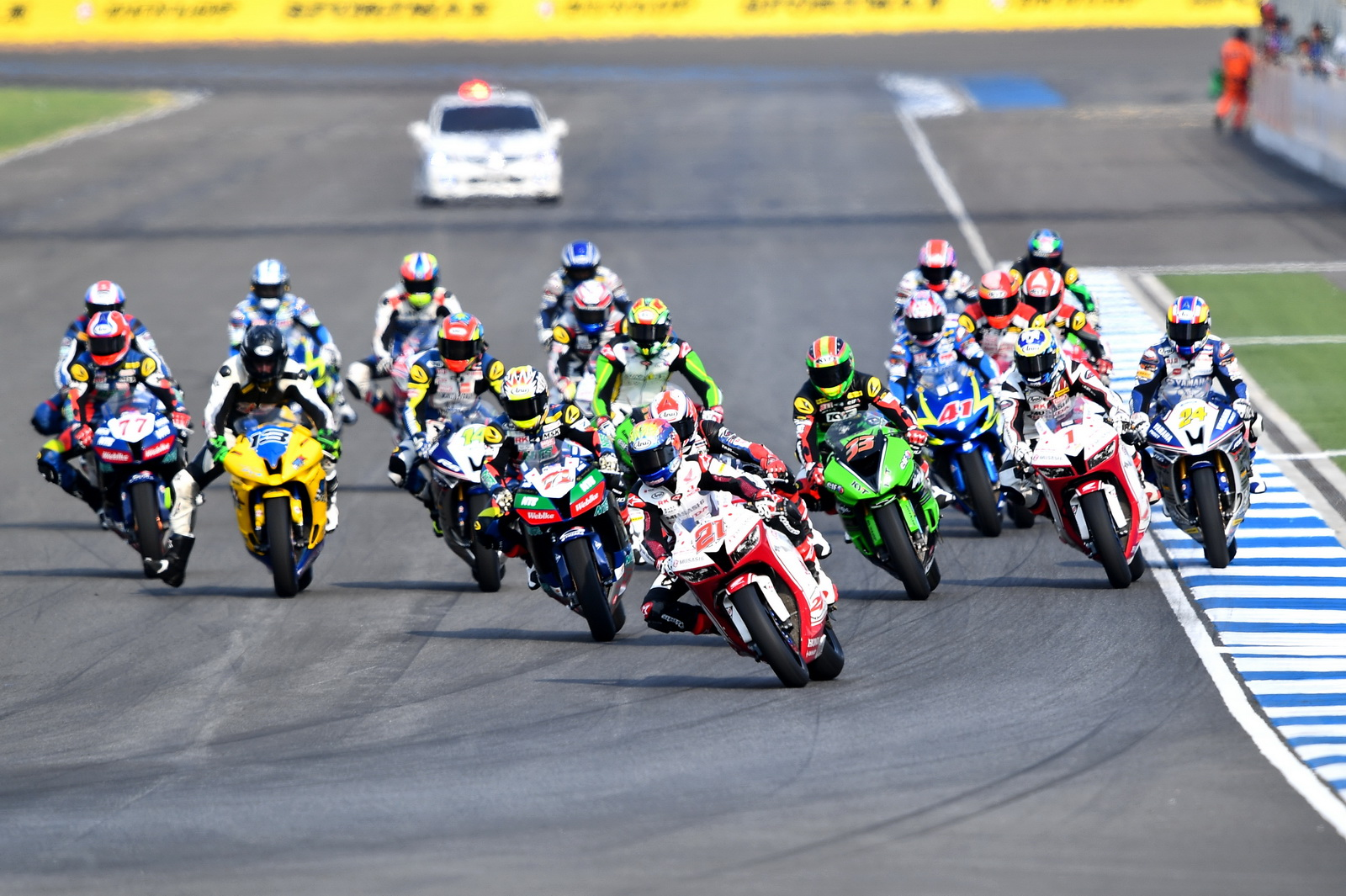asia_road_600race2_2