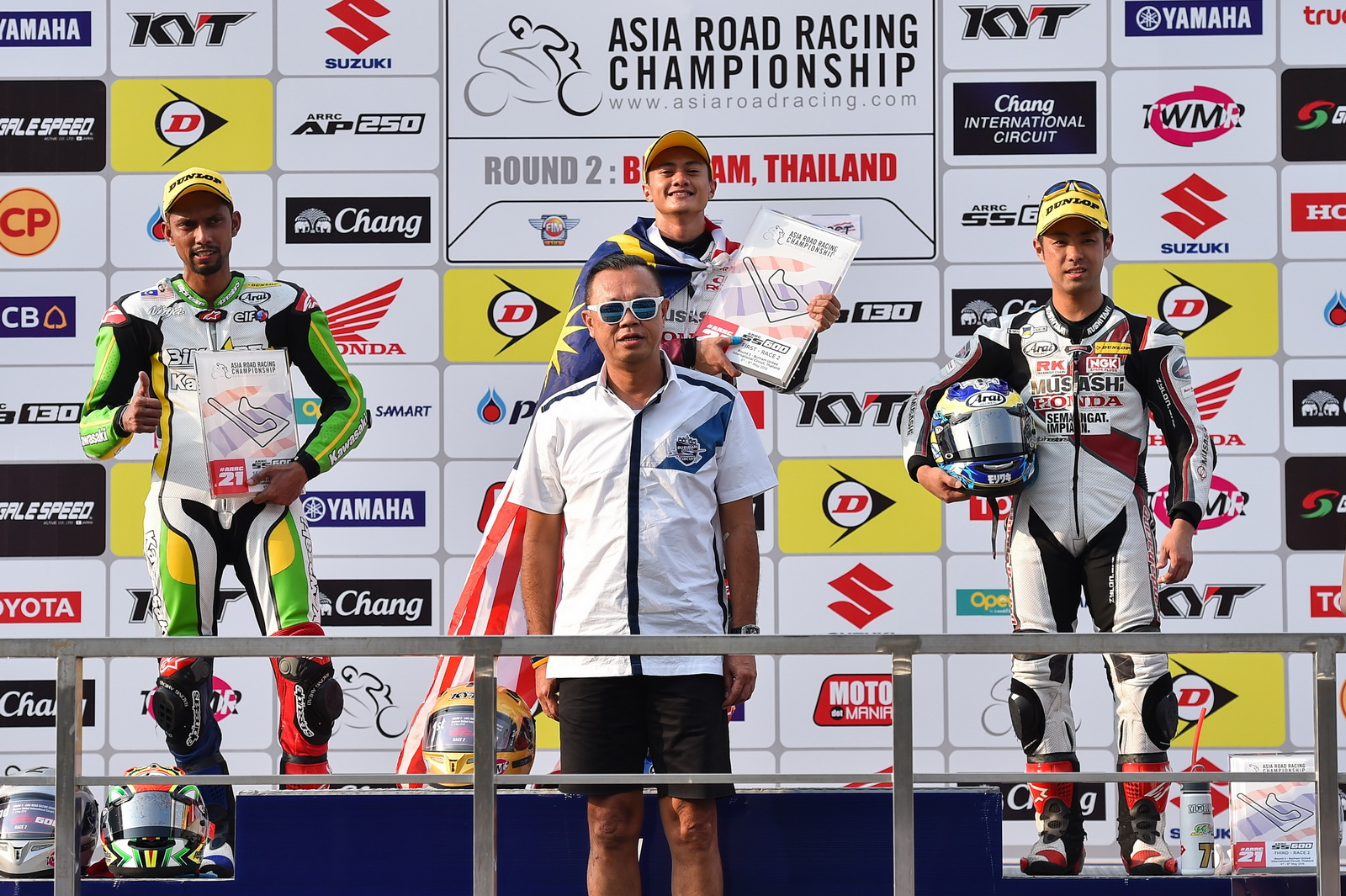asia_road_600race2_9
