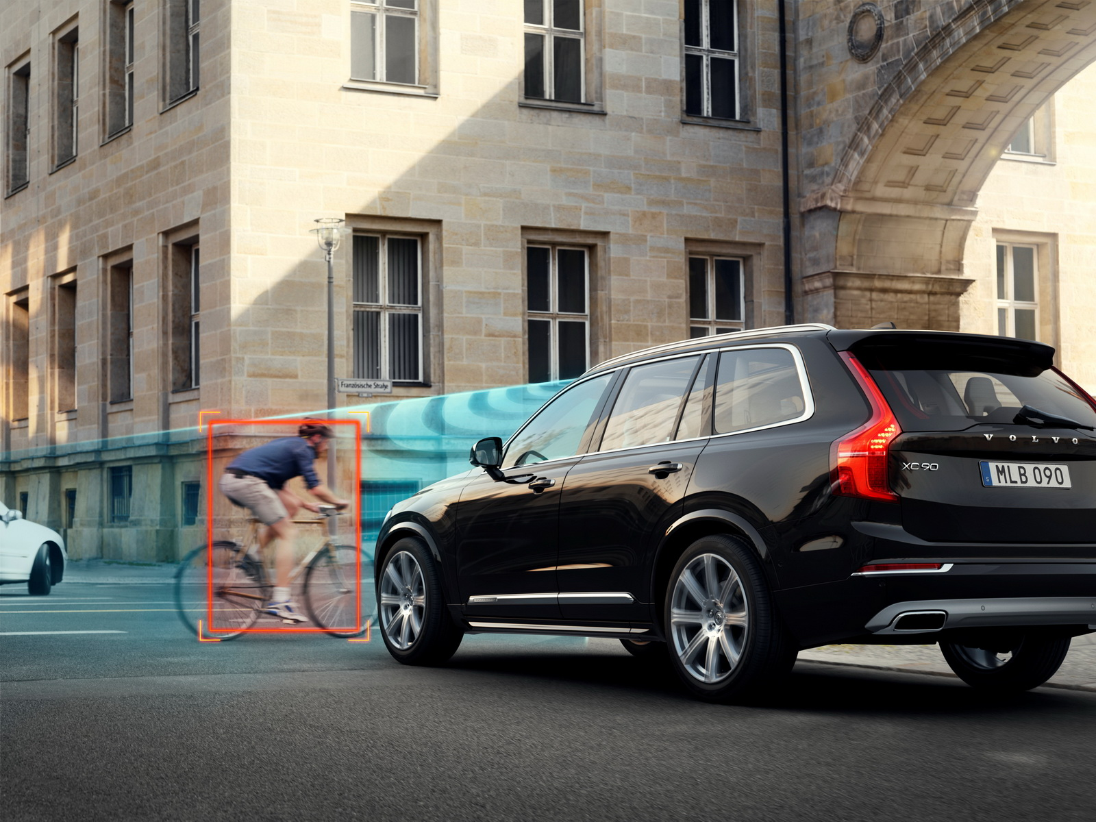 The City Safety system in the all-new Volvo XC90 features Cyclist detection with full auto brake, day and night.