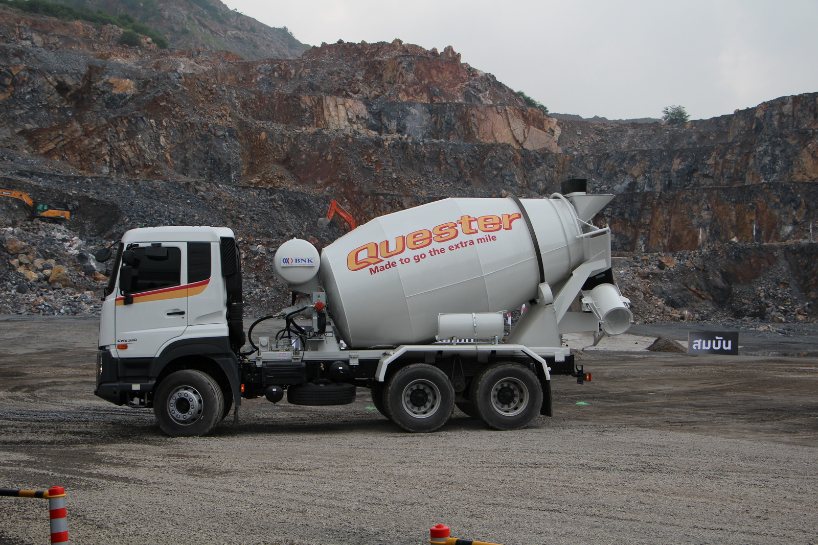 ud_truck_quester_06