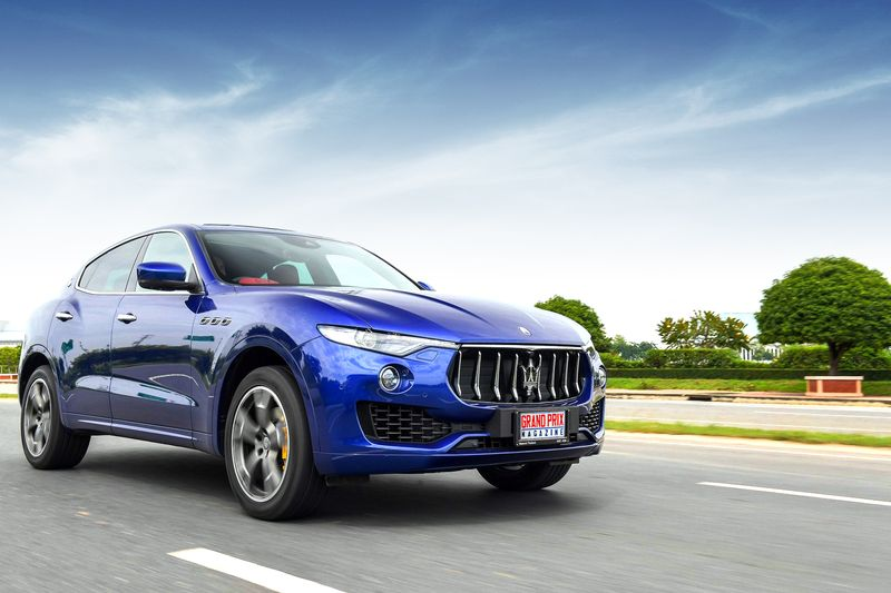 maserati levante diesel suv. Black Bedroom Furniture Sets. Home Design Ideas
