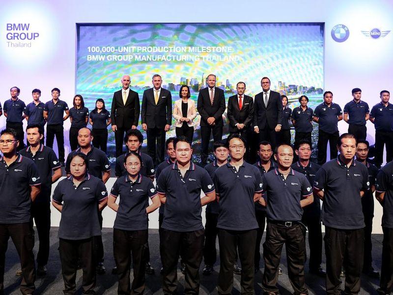 บีเอ็มดับเบิลยู ประเทศไทย ฉลองยอดประกอบรถครบ 100,000 คัน