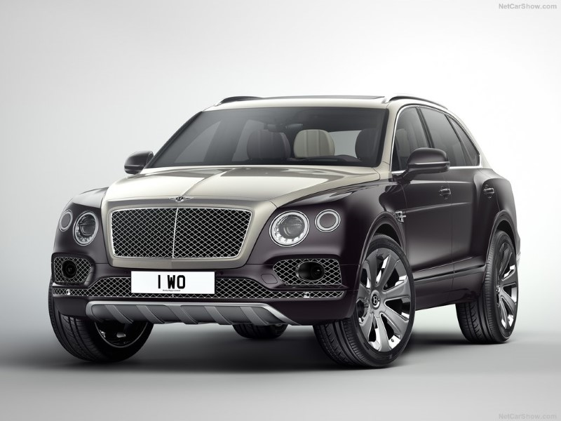 Bentley Bentayga รถหรูสายลุย 608 แรงม้า ค่าตัว 24.5 ล้านบาท