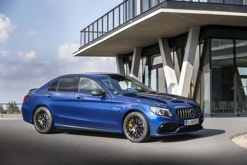 Mercedes-Benz เติมความสปอร์ตให้ตัวแรงขนาดคอมแพกต์