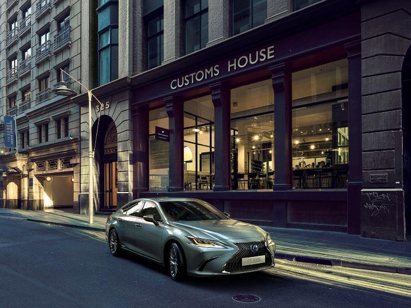 Lexus ประเทศไทย ส่ง ES ใหม่ สู้ศึกซีดานหรูขนาดกลาง ราคาเริ่ม 3.59 -4.19 ล้านบาท