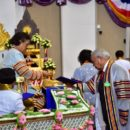 ดร.ปราจิน เอี่ยมลำเนา เข้ารับพระราชทานปริญญาศิลปดุษฏีบัณฑิตกิตติมศักดิ์ ออกแบบนิเทศศิลป์  มหาวิทยาลัยเทคโนโลยีราชมงคลธัญบุรี ปีการศึกษา 2560