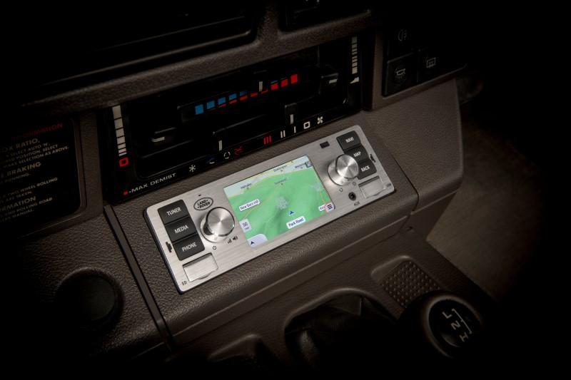 ระบบ Infotainment จาก Jaguar Land Rover Classic