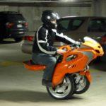 """""""Uno 3"""" Transformer Scooter…สกู๊ตเตอร์แปลงร่างไร้มลพิษ"""