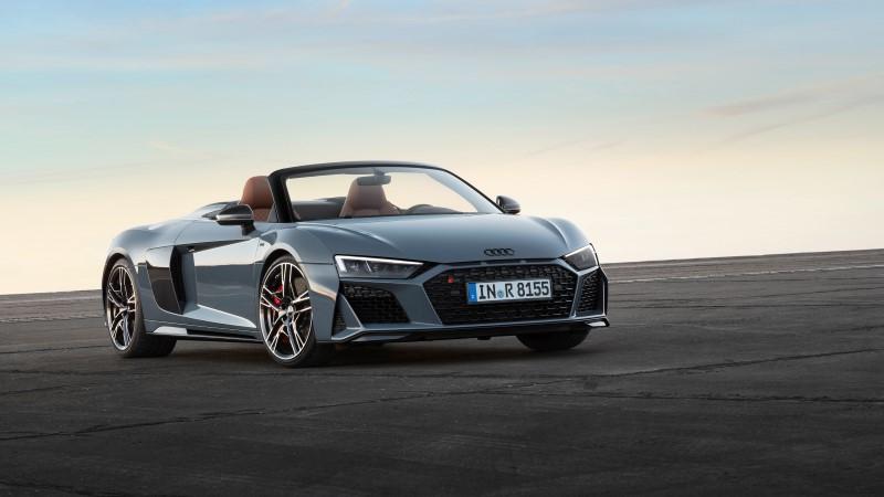 Audi R8 เพิ่มสมรรถนะให้ใกล้เคียงรถแข่งกว่าที่เคย