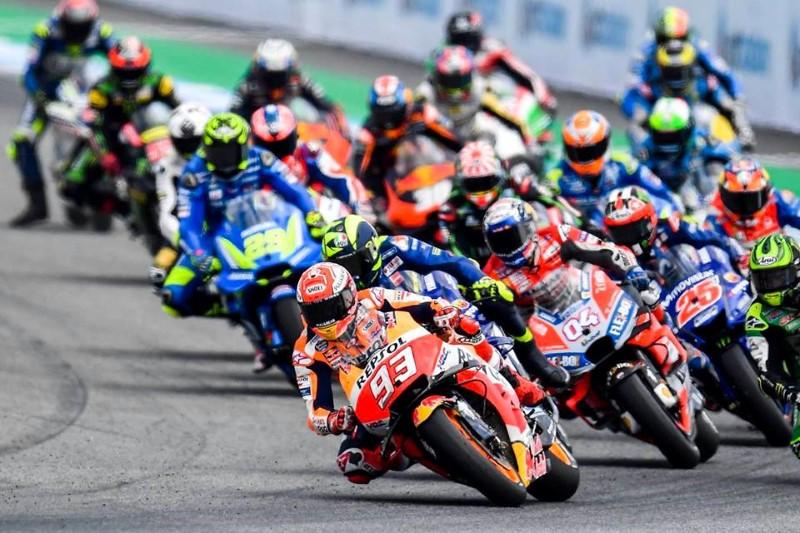 คนไทยชนะใจคนทั่วโลก ไปพร้อมกับ Marc Maquez ในศึก MotoGP 2018 ...