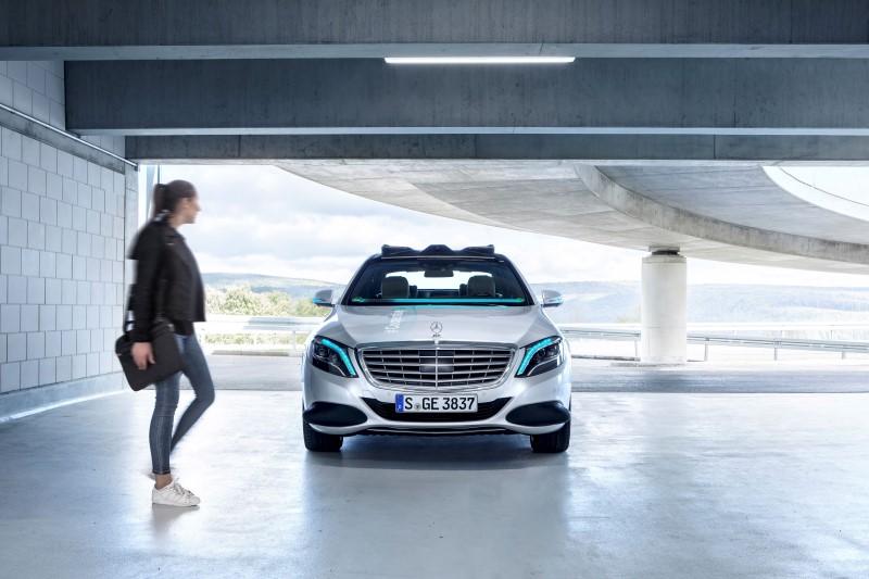 Cooperative Vehicle แนวคิดการสื่อสารของรถขับเคลื่อนอัตโนมัติจาก Mercedes-Benz