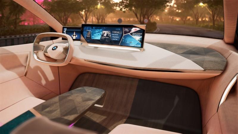 BMW เตรียมโชว์การขับแบบเสมือนบน Vision iNEXT ที่ CES 2019