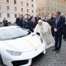 อีกครั้งที่ Lamborghini Huracan ของพระสันตปาปาฟรานซิสทำหน้าที่เพื่อการกุศล