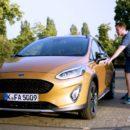 Ford ใช้ Robotic Bottom ทดสอบความทนทานของเบาะ