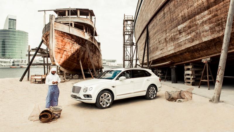 Bentley Bentayga Pearl of the Gulf by Mulliner แต่งพิเศษสำหรับเศรษฐีตะวันออกกลาง