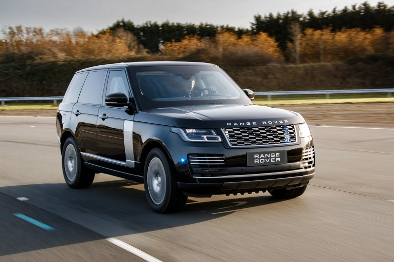 Range Rover Sentinel เพิ่มสมรรถนะให้ป้อมปราการเคลื่อนที่