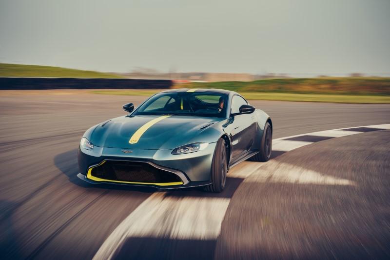 Aston Martin Vantage AMR เพิ่มความเร้าใจด้วยเกียร์แมนนวล