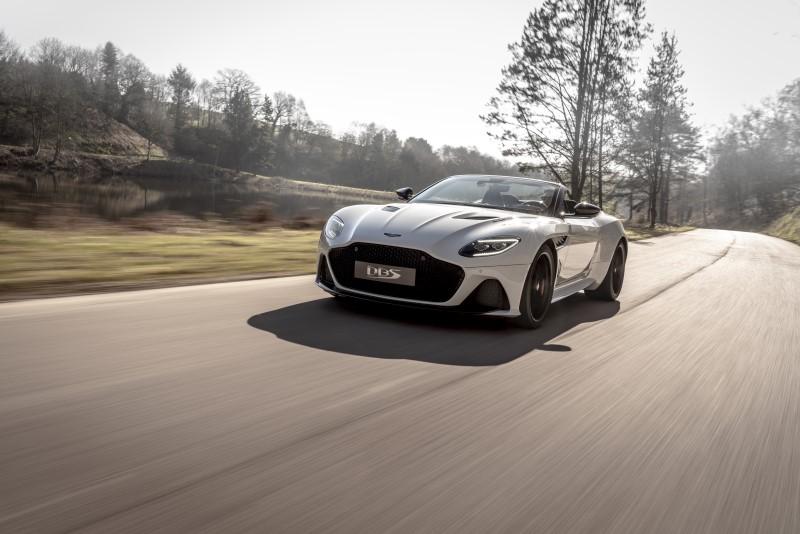 Aston Martin DBS Superleggera Volante เปิดหลังคารับฤดูร้อนให้จีทีสมรรถนะสูง