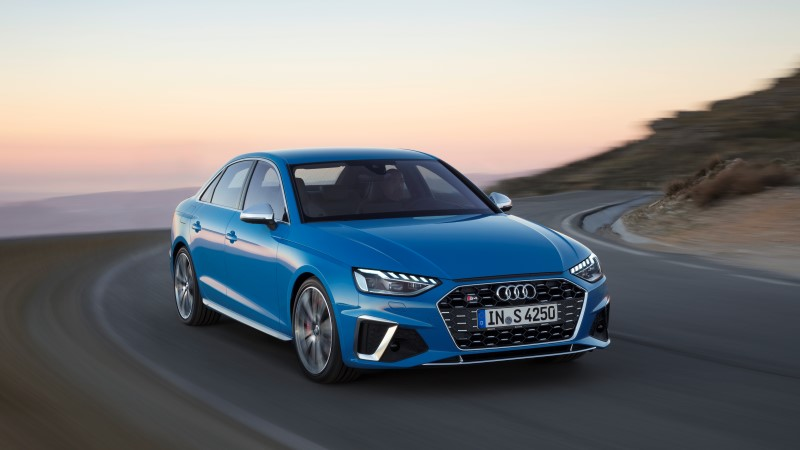 Audi ปรับโฉมให้ A4 พร้อมเพิ่มเครื่องยนต์ให้รุ่นแรง