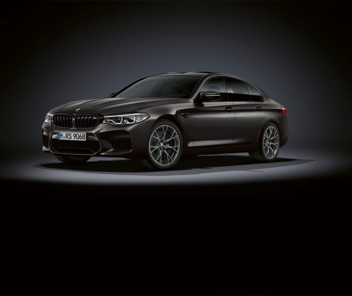 BMW M5 Edition 35 Years รุ่นพิเศษครบรอบ 35 ปีสปอร์ตซีดาน