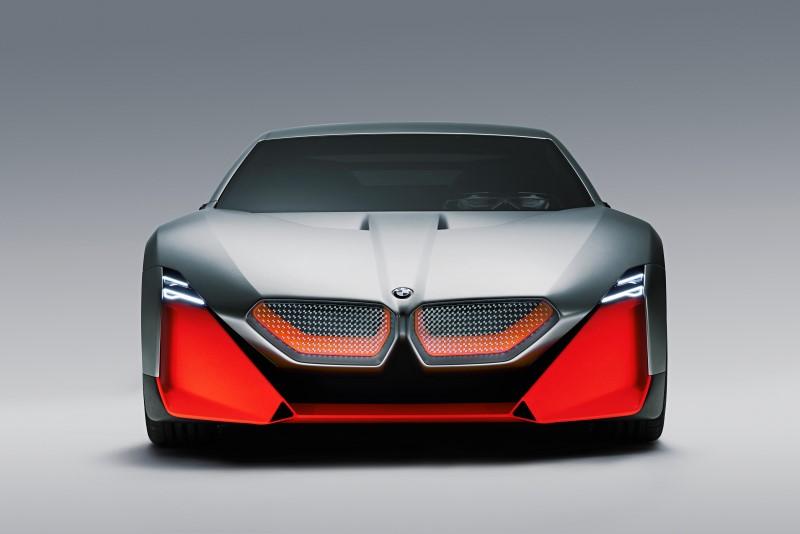 BMW Vision M Next แสดงรูปแบบของการเดินทางในอนาคต