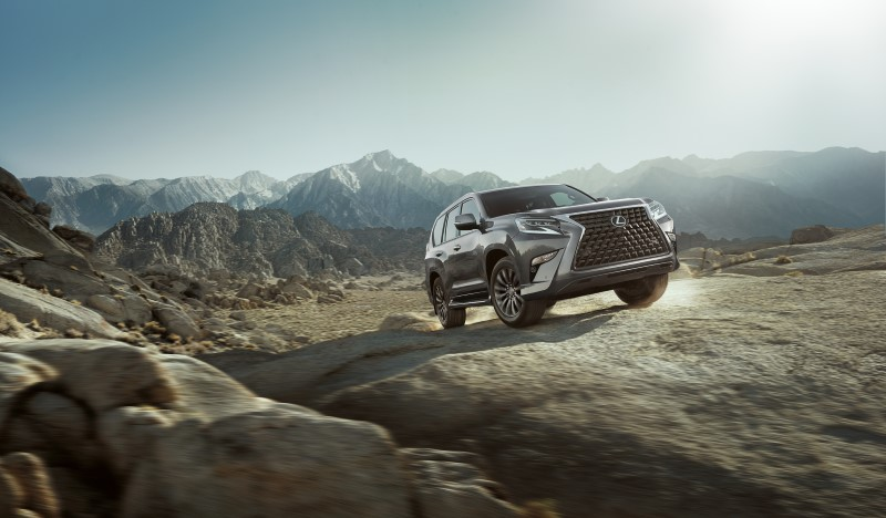 Lexus GX 460 เพิ่มความทันสมัยให้ด้านหน้าพร้อมทางเลือกในการลุยมากขึ้น