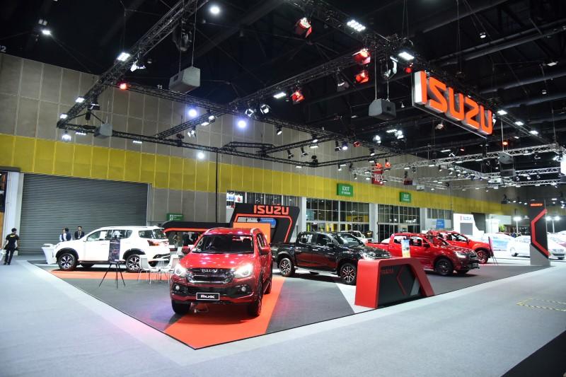 """อีซูซุนำ """"อีซูซุมิว-เอ็กซ์ รุ่นพิเศษ! ดิ ออนิคซ์"""" พร้อมรถในตระกูล """"อีซูซุบลูเพาเวอร์"""" หลากรุ่น ร่วมงาน """"FAST Auto Show Thailand 2019"""""""