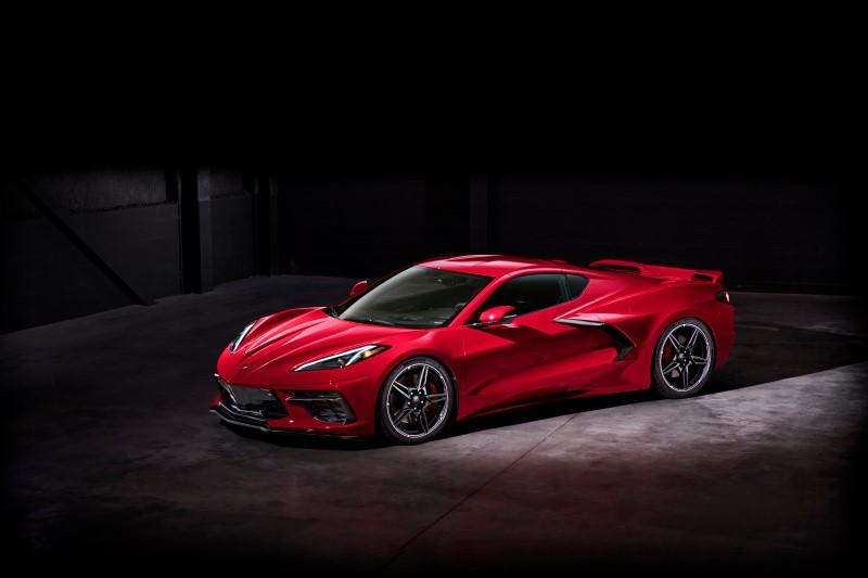 Chevrolet Corvette รุ่นใหม่มาพร้อมการผลิตรุ่นพวงมาลัยขวา