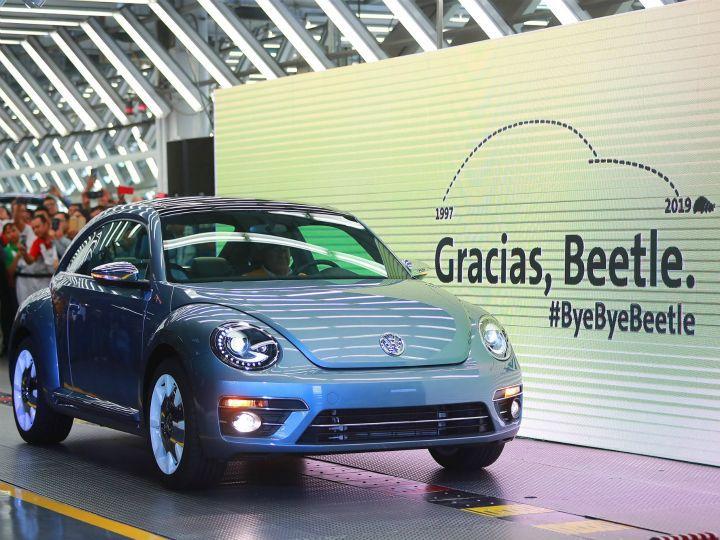 """เหลือไว้เพียงตำนาน """"Volkswagen Beetle"""" รถยนต์เพื่อประชาชนอย่างแท้จริง"""