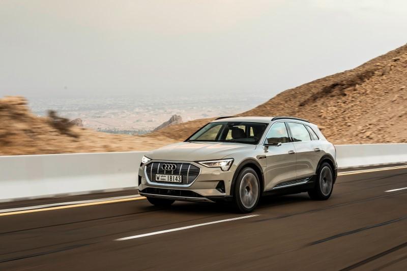 Audi E-Tron รถไฟฟ้ารุ่นแรกที่ถูกจัดระดับความปลอดภัย Top Safety Pick+ จาก IIHS