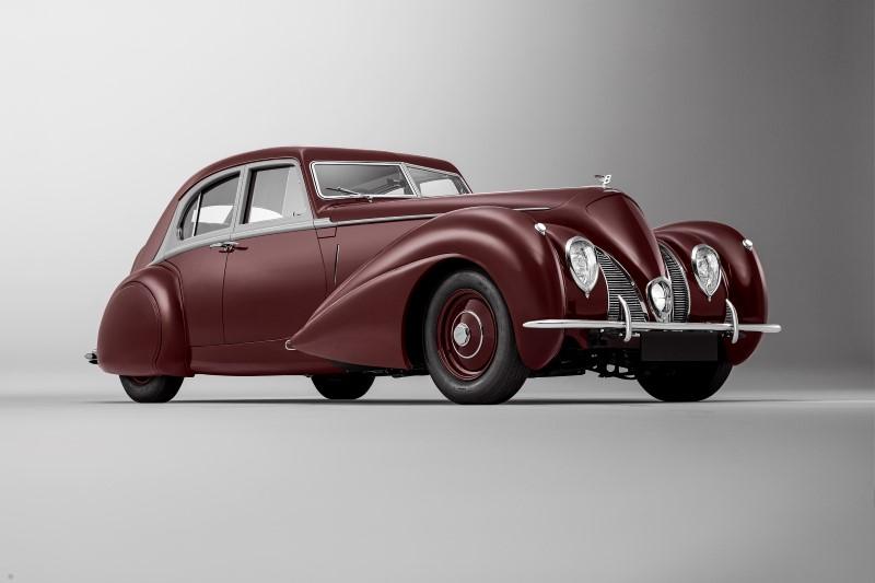 Bentley Corniche การกลับมาของประวัติศาสตร์ที่สูญหาย