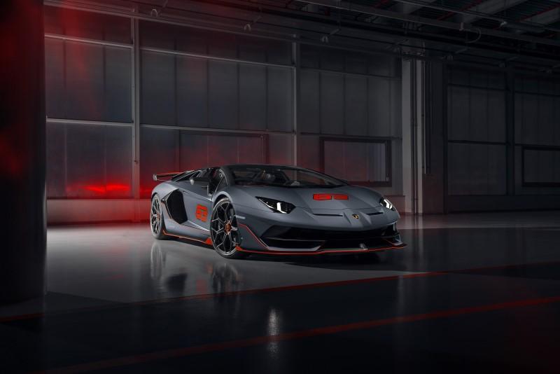 Lamborghini ส่ง Aventador SVJ Roadster และ Huracan EVO รุ่นพิเศษเปิดตัวที่ Monterey Car Week
