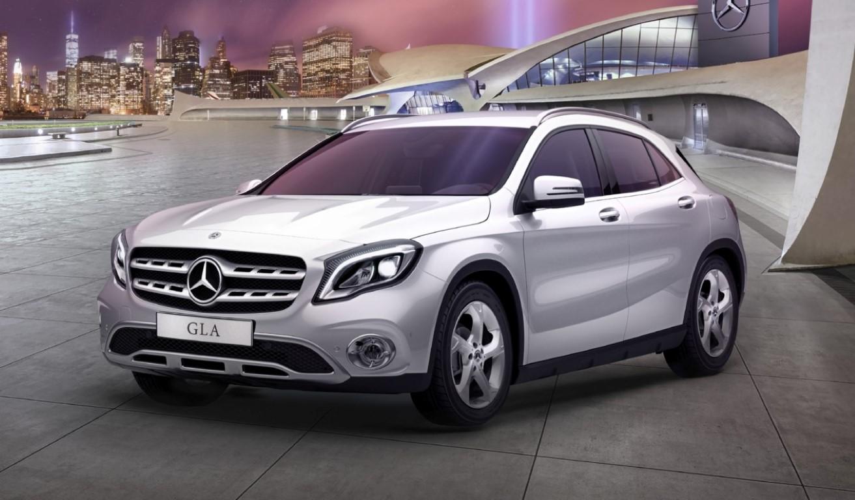 Mercedes-Benz GLA 200 Urban รุ่นประกอบในประเทศ ราคาพิเศษ 1.9 ล้านบาท