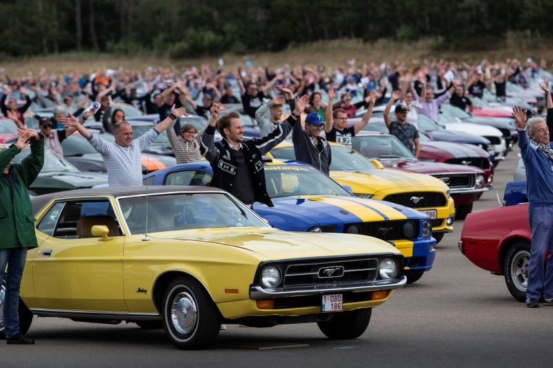 สร้างสถิติขบวนพาเรด Mustang มากที่สุดในโลก