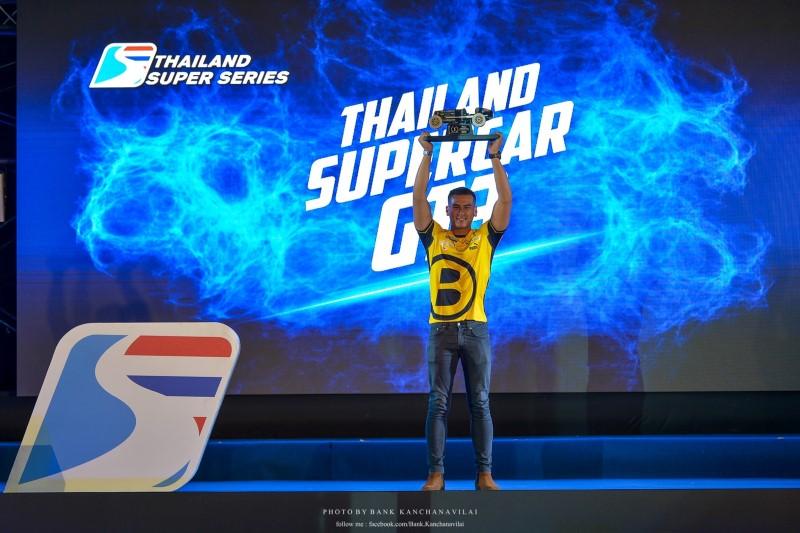 แซนดี้รับรางวัลแชมป์ประจำปี 2019 รุ่น Super Car GT 3