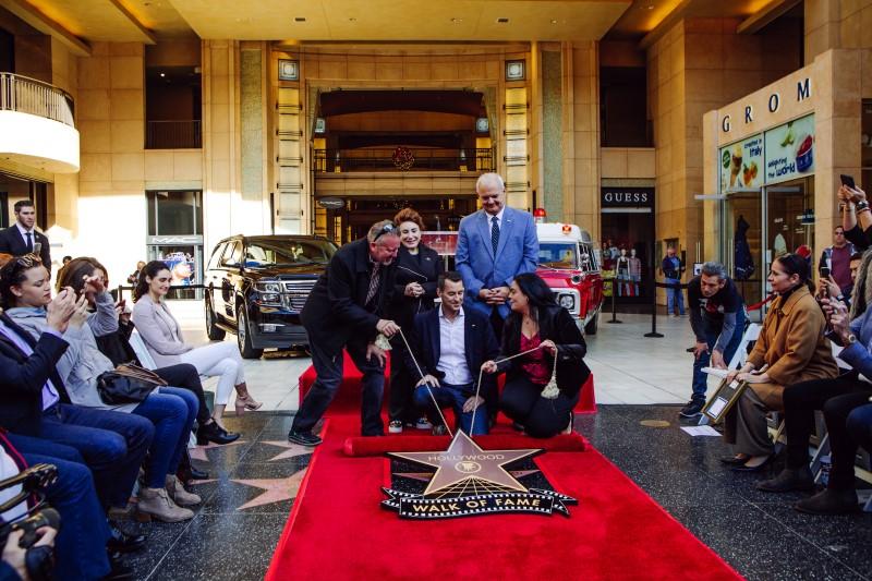 Chevrolet Suburban ได้รับดาว Award of Excellence เป็นครั้งแรกของรถยนต์