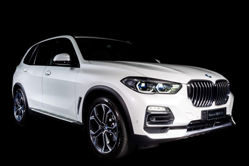BMW X5 Timeless Edition เน้นหรูเป็นพิเศษด้วยวัสดุภายในห้องโดยสาร
