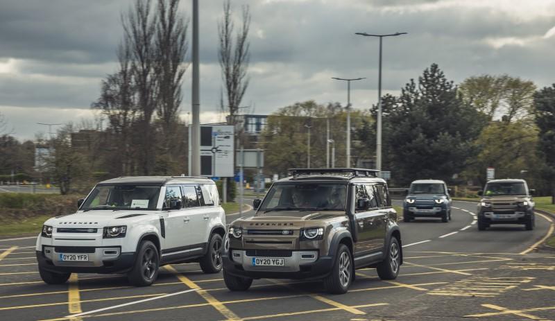 Jaguar Land Rover สนับสนุนรถสำหรับปฏิบัติงานขณะโควิด-19 ระบาด
